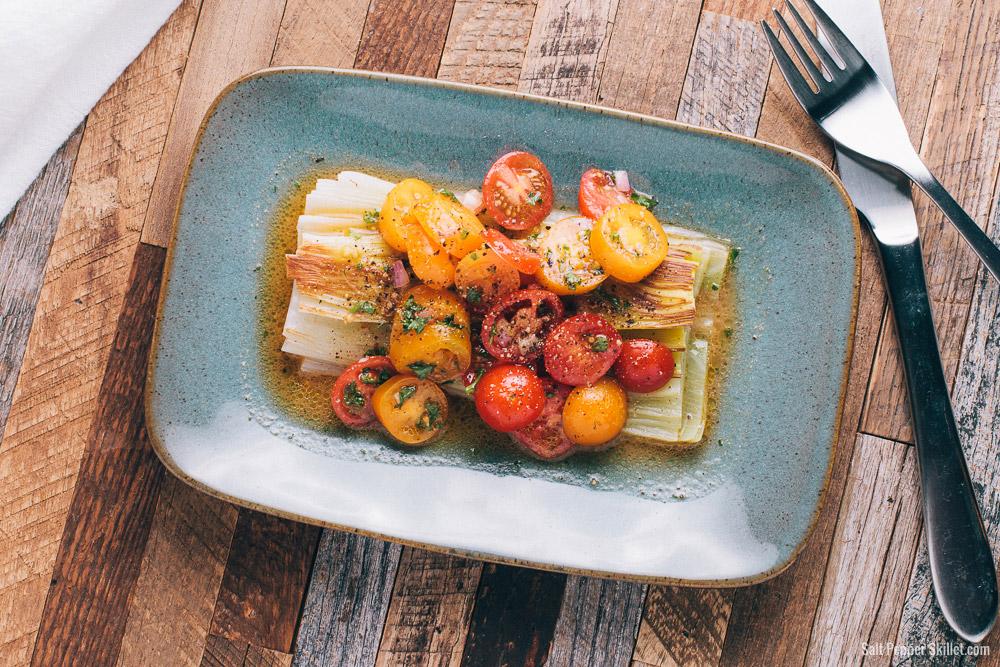 Braised Leeks with Tomato Vinaigrette | SaltPepperSkillet.com