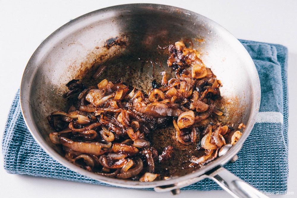Caramelized Onions | SaltPepperSkillet.com