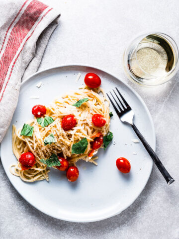 Burst Tomato Pasta with White Wine