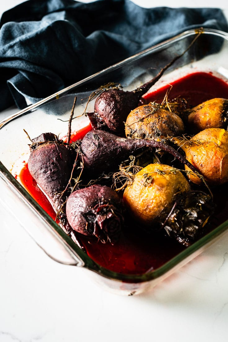 cooked beets in roasting pan