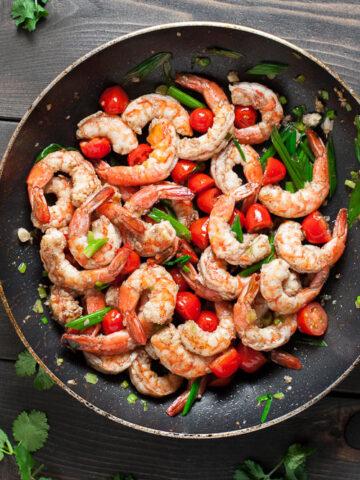 Garlic Butter Shrimp | SaltPepperSkillet.com