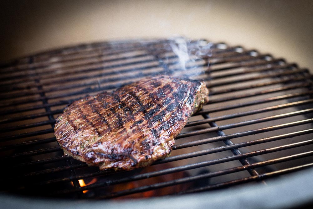 grilled aussie flank steak on big green egg