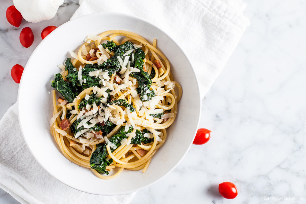 Kale Bacon Spaghetti | SaltPepperSkillet.com