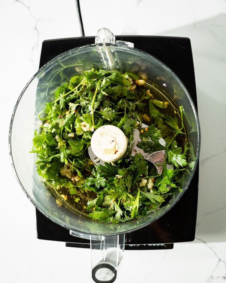 making chimichurri in food processor 1