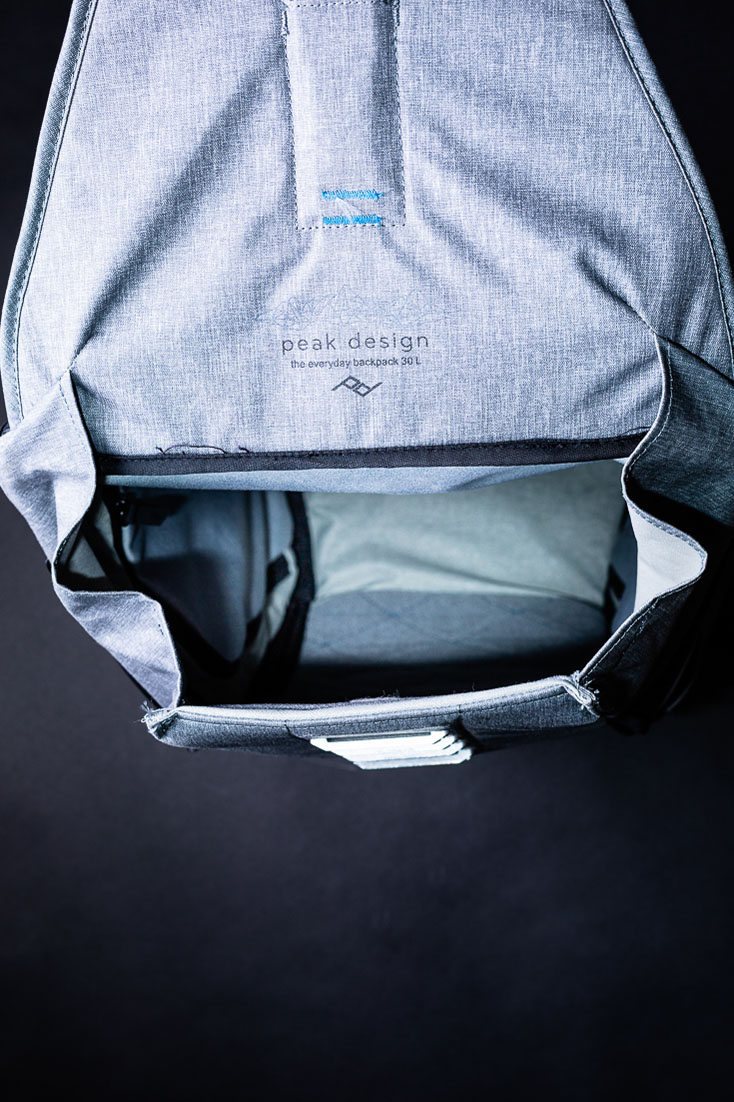 peak design everyday backpack top open