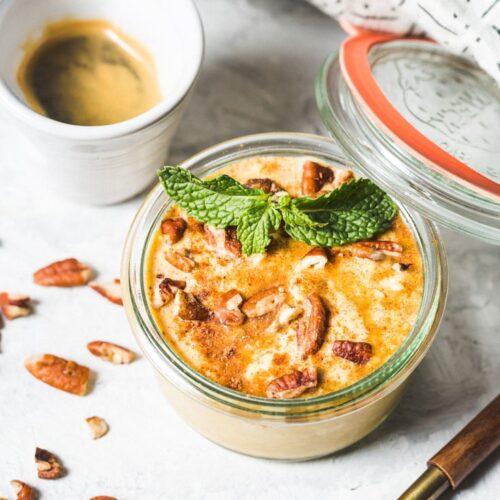 pumpkin pie overnight oats - side