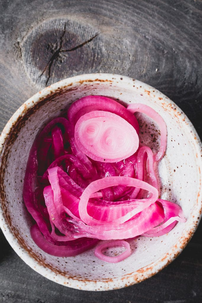 quick pickled onions for carnitas tacos