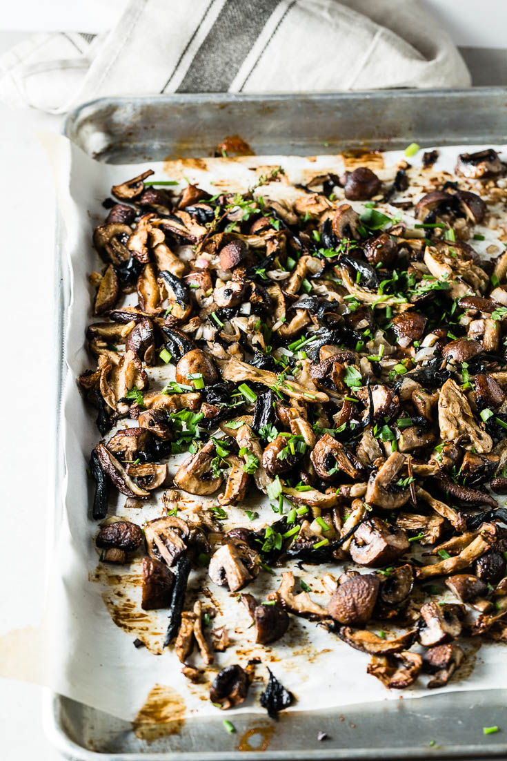 roasted mushrooms on sheet pan 3