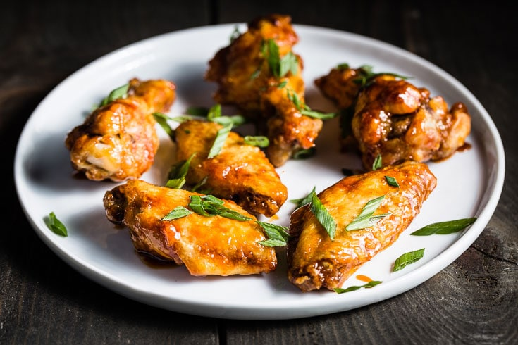 sticky air fryer chicken wings side angle