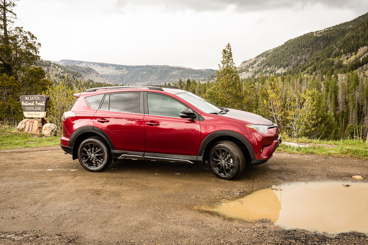 Toyota RAV4 Adventure off road